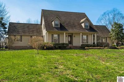 Calloway County, Marshall County Single Family Home Contract Recd - See Rmrks: 2113 Creekwood