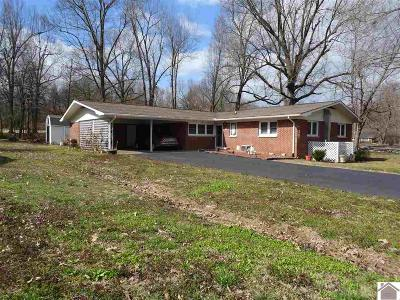 Calvert City Single Family Home Contract Recd - See Rmrks: 288 Ironwood Drive