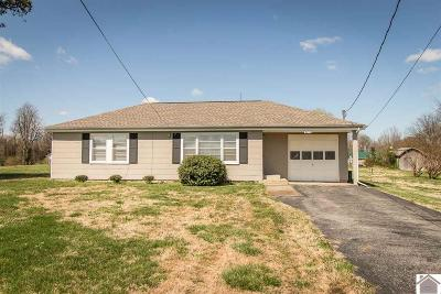 Paducah Single Family Home Contract Recd - See Rmrks: 2235 Topeka Avenue