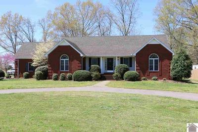 Calloway County Single Family Home Contract Recd - See Rmrks: 199 Lynnwood Drive