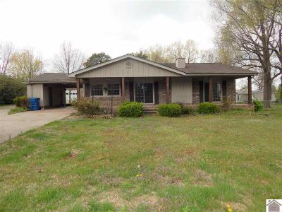 Benton KY Single Family Home Contract Recd - See Rmrks: $139,999
