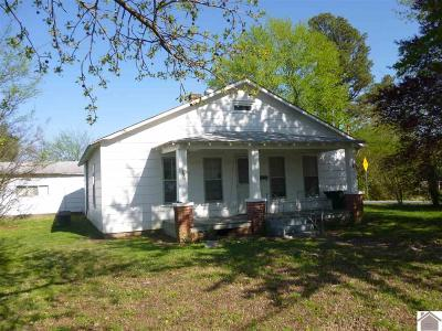 McCracken County Single Family Home For Sale: 615 N 21st