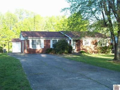 Mayfield Single Family Home Contract Recd - See Rmrks: 812 Mason St