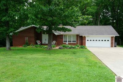 Paducah Single Family Home Contract Recd - See Rmrks: 1320 Tina Drive