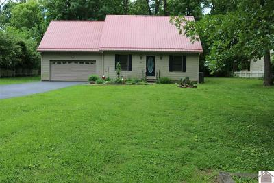 Benton Single Family Home Contract Recd - See Rmrks: 190 Berwick Lane