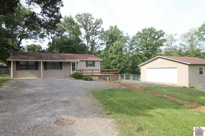 Single Family Home Contract Recd - See Rmrks: 105 Pinewood Dr