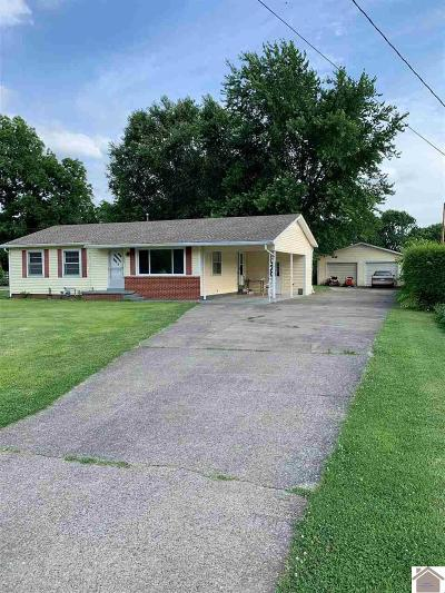 Paducah Single Family Home Contract Recd - See Rmrks: 132 Calvert Drive