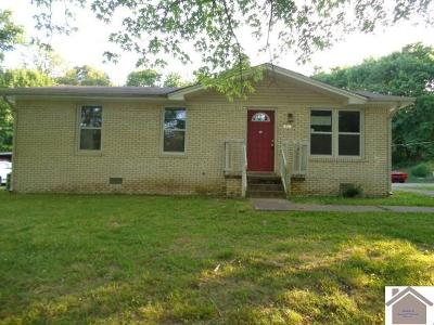 Marshall County Single Family Home For Sale: 878 E 7th St