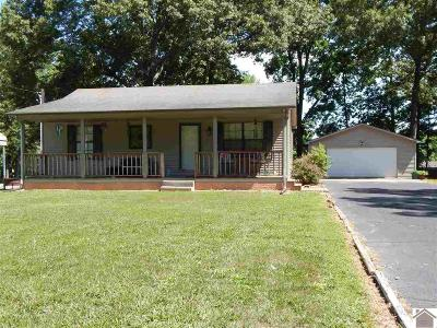 Single Family Home For Sale: 174 Small Lane