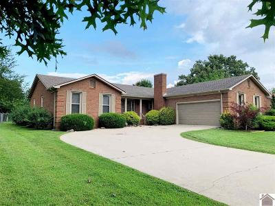 Calloway County Single Family Home Contract Recd - See Rmrks: 1572 Mockingbird Drive