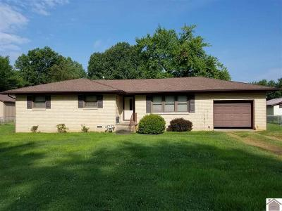 Paducah Single Family Home Contract Recd - See Rmrks: 3231 Alpha Dr