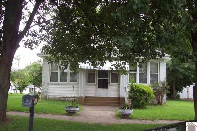 Mayfield Single Family Home For Sale: 627 Maple Ave