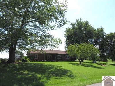 Calloway County Single Family Home Contract Recd - See Rmrks: 1122 Hammond Road