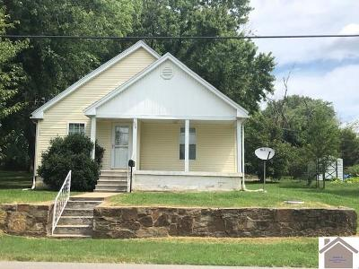 Princeton Single Family Home Contract Recd - See Rmrks: 604 Maple Street