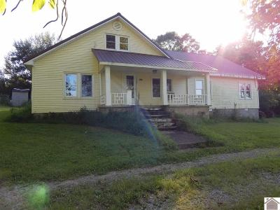 Calloway County Single Family Home Contract Recd - See Rmrks: 3289 Roosevelt Road