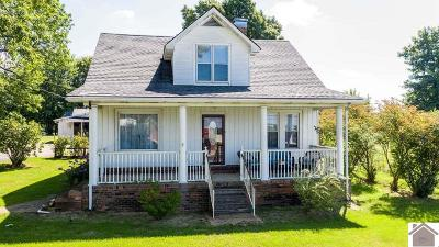 Princeton Single Family Home For Sale: 594 Marion Road