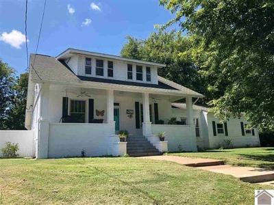 Paducah Single Family Home Contract Recd - See Rmrks: 401 N 34th Street