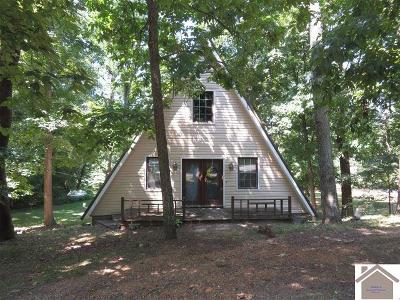 Single Family Home Contract Recd - See Rmrks: 83 Nottingham Lane North