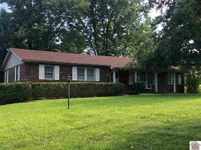 Benton Single Family Home For Sale: 661 Sid Darnall Rd