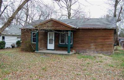Benton Single Family Home Contract Recd - See Rmrks: 1460 Meacham Lane