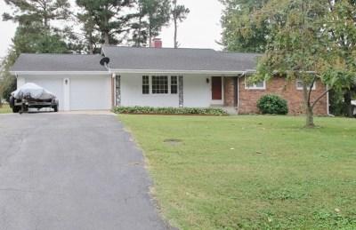 Eddyville Single Family Home Contract Recd - See Rmrks: 203 Park Ave