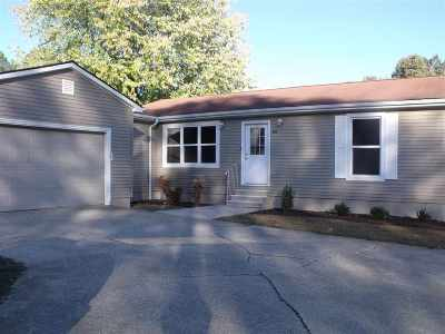 Mayfield Single Family Home For Sale: 104 Golf Cart