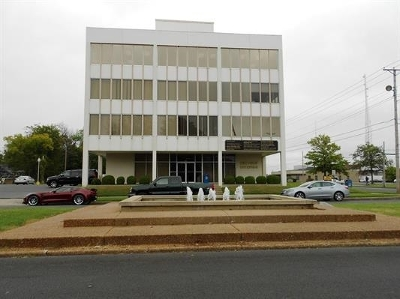 McCracken County Commercial For Sale: 100 Fountain Avenue