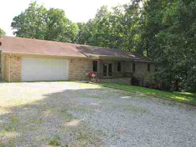 Benton KY Single Family Home Contract Recd - See Rmrks: $189,900