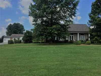 Princeton Single Family Home For Sale: 16 Stephanie Lane