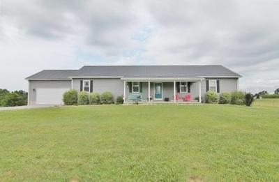 Eddyville Single Family Home For Sale: 443 Oak Grove Loop