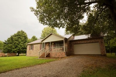 Calvert City Single Family Home Contract Recd - See Rmrks: 359 Golden Acres Loop