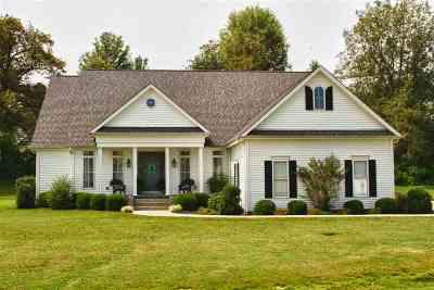 McCracken County Single Family Home For Sale: 9440 Walter Defreitas Drive