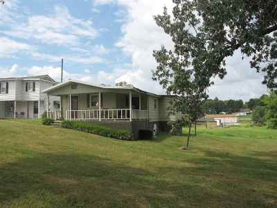 Calvert City KY Multi Family Home Contract Recd - See Rmrks: $129,900