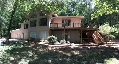 Trigg County Single Family Home For Sale: 90 Whispering Winds Road