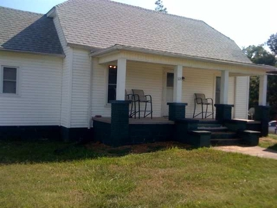 Paducah KY Single Family Home For Sale: $110,000