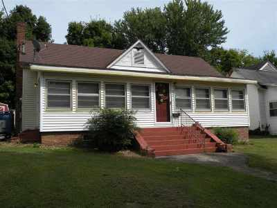 Caldwell County Single Family Home For Sale: 312 N Eagle Street