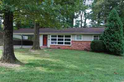 Calvert City Single Family Home Contract Recd - See Rmrks: 3940 Clinton Road