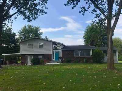 Mayfield KY Single Family Home For Sale: $110,000