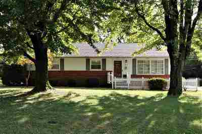 Calvert City Single Family Home Contract Recd - See Rmrks: 1317 Charleston Drive