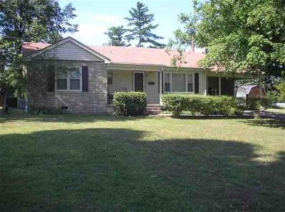 Benton KY Rental For Rent: $700
