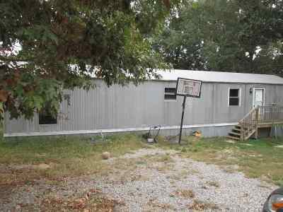 Trigg County Manufactured Home For Sale: 200 Linda Lane