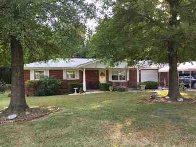 McCracken County Single Family Home For Sale: 315 Triangle