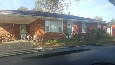 Cadiz KY Single Family Home Contract Recd - See Rmrks: $65,000