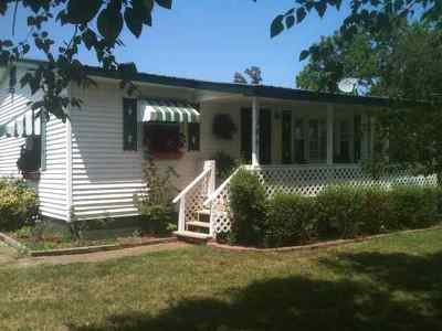 Grand Rivers Single Family Home For Sale: 184 Steamboat