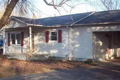 Benton KY Single Family Home For Sale: $85,000
