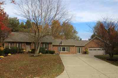 McCracken County Single Family Home For Sale: 301 Garland Dr