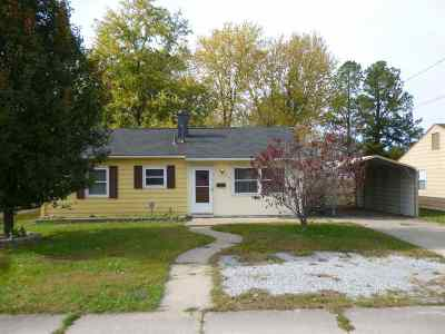 McCracken County Single Family Home For Sale: 2821 Old Mayfield Rd