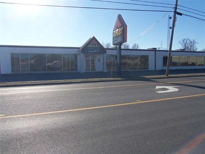 McCracken County Commercial For Sale: 451 S 16th Street