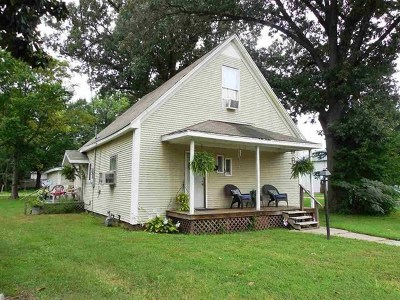 McCracken County Single Family Home For Sale: 1607 Martin Luther King Jr. Drive