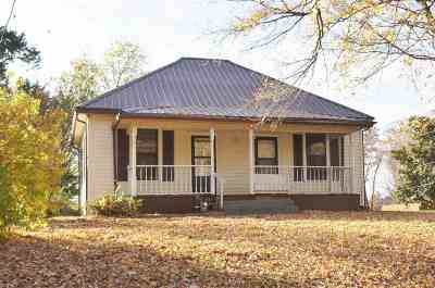 McCracken County Single Family Home For Sale: 8125 Old Mayfield Rd